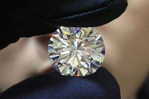 Cutting the diamond – Grinding the diamond